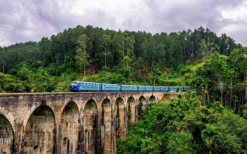 Public transport in Sri Lanka