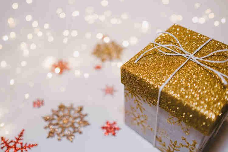 gold glitter dust gift box