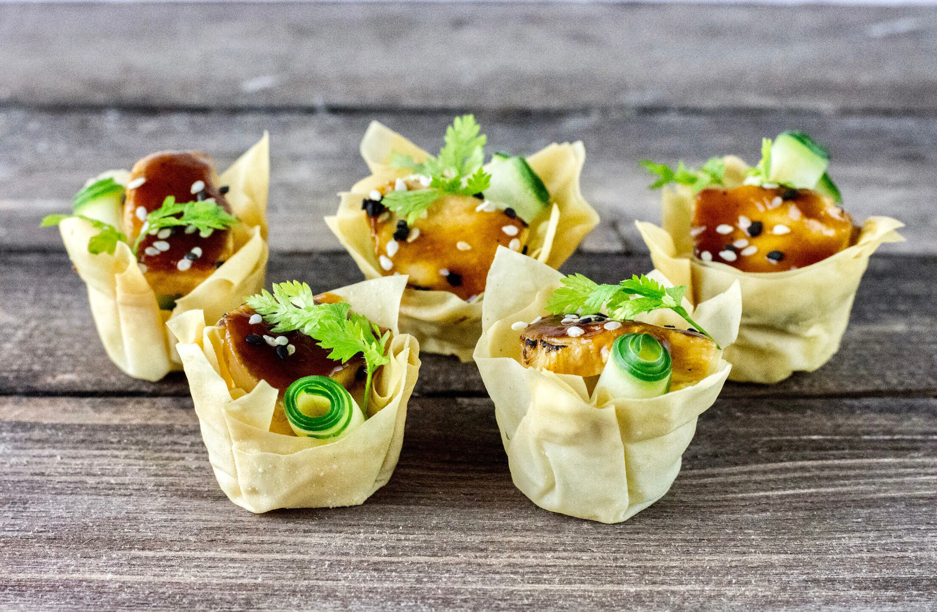 Wonton Cups by Penna's Catering