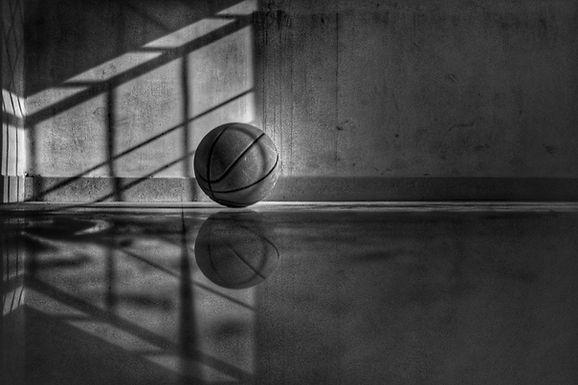Progressive dehydration causes a progressive decline in basketball skill performance