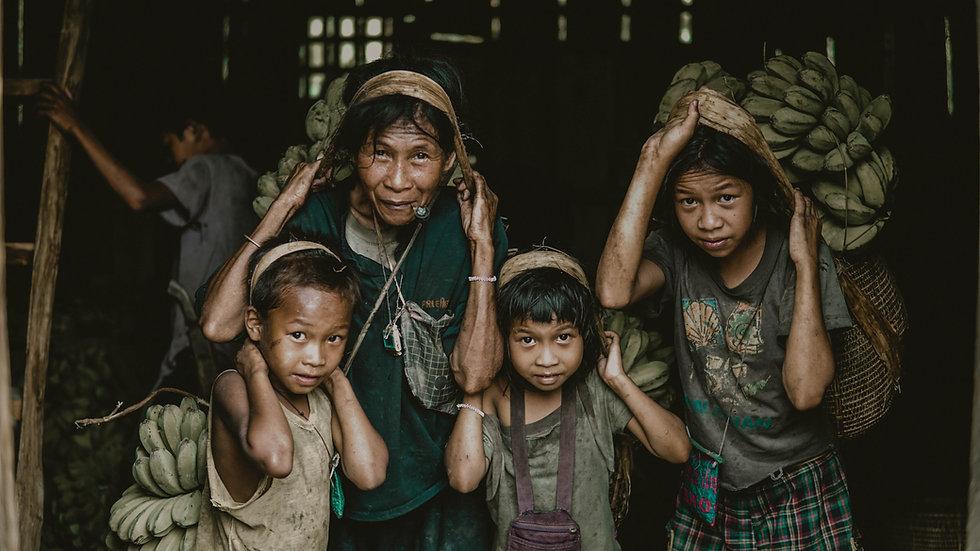 Popoli ed Etnie Indonesia, sulawesi, Flores, Bali