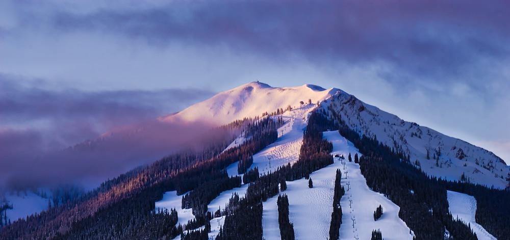 Aspen, Colorado famous snowy mountains