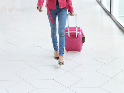 Best Checked-Luggage Suitcases for Women in 2021
