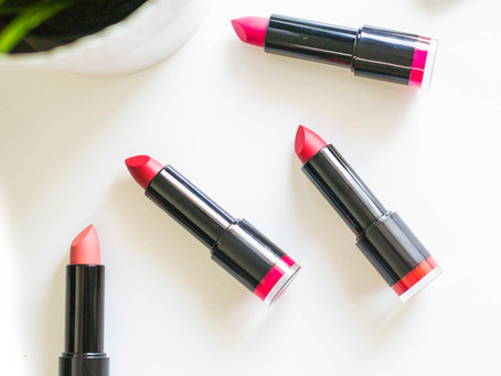 Make Your Own Lipstick in 4 Easy Steps - DIY