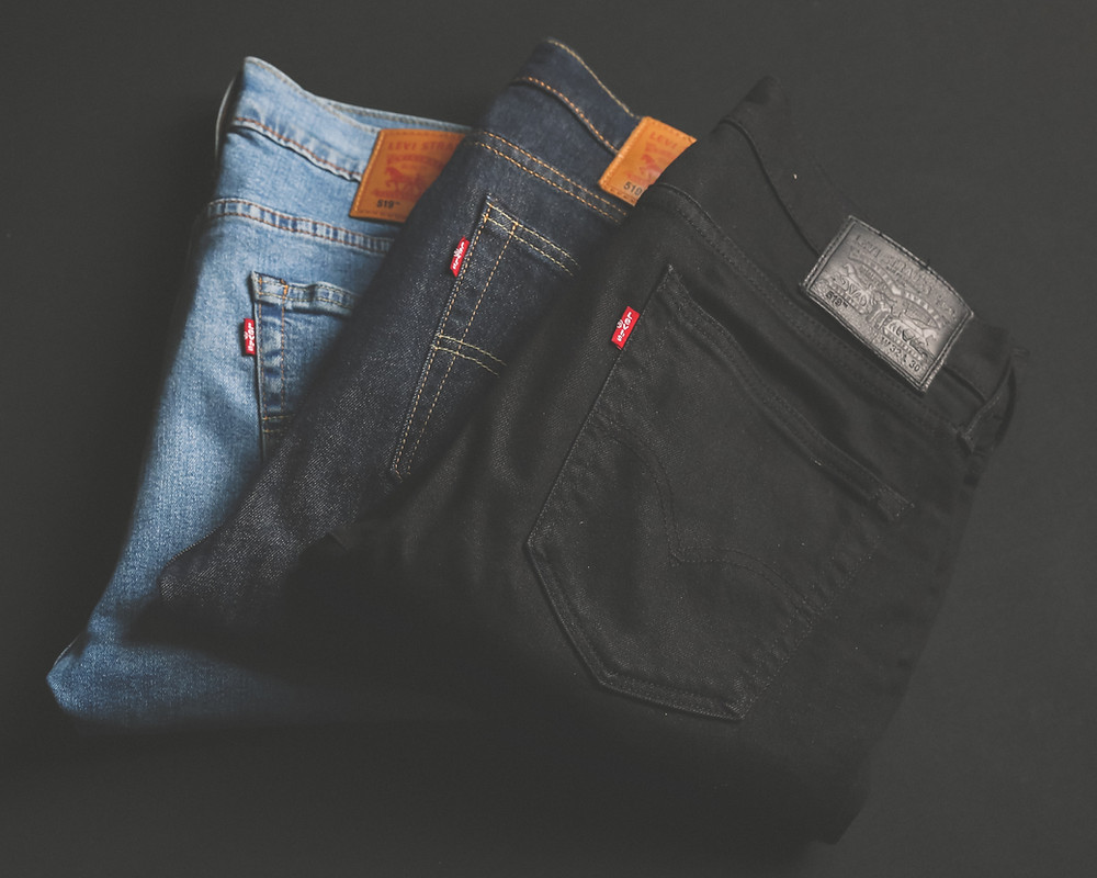 A variety of Denim Jeans, dont give yourself a bum deal, the image tree blog