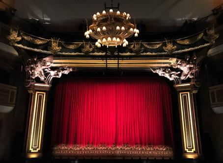 Festivalul DbutanT, atât pe scenă, cât și în mediul online. Evenimentul a început pe 19 octombrie.