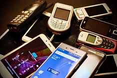 pile of old mobile phones help photos images videos
