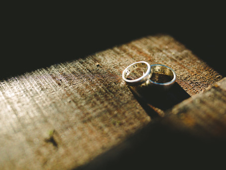 Get Inspired by These Wedding Ring Engraving Ideas