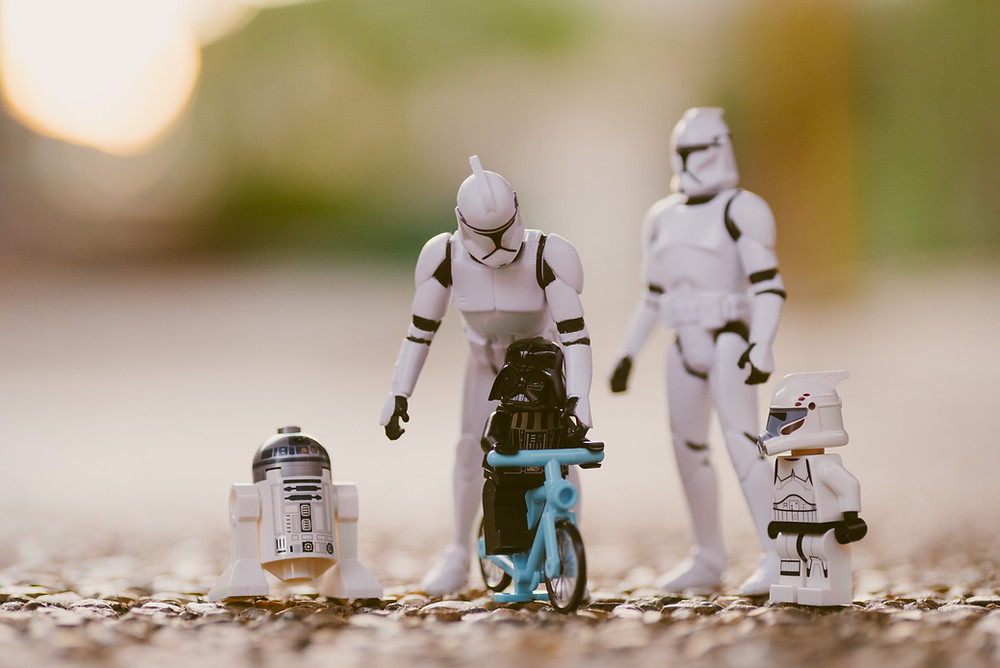 Star Wars action figures configured in a family setting