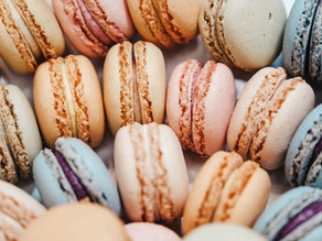 DISCOVER LAVENDER MACARONS RECIPE AND COME IN PROVENCE FOR AN IMMERSION STAY TO TASTE THEM!