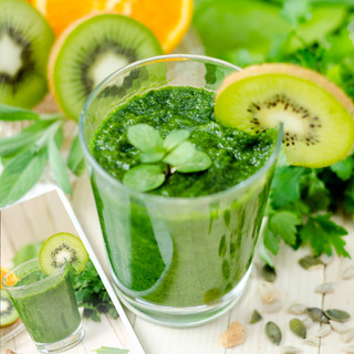 GREEN armonia, speranza, benessere - mela verde, kiwi, spinaci, sedano