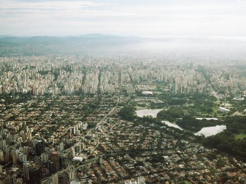 Éclairage Covid-19 | Au Brésil : entre déni, règlements de compte politiques...
