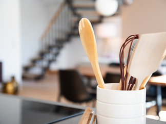 HOME DECOR IDEAS : How To Use a Wooden Caddy