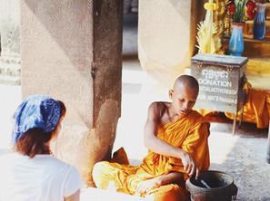 Cambodian Table Etiquette