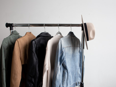 how to create a capsule closet