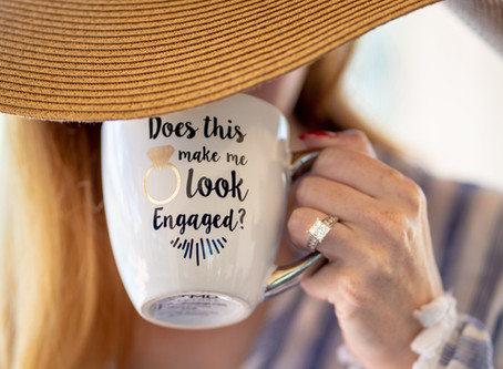 5 Ways to Say 'We're Engaged!'
