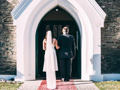 3 Tips on Choosing the Best Wedding Aisle Walk Song
