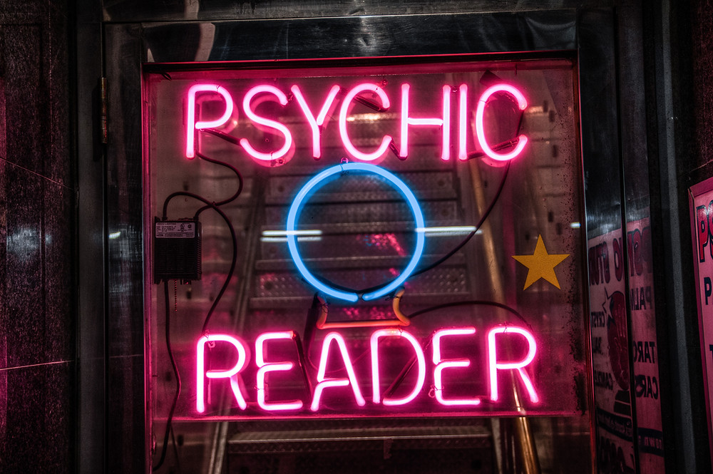 psychic reader neon sign tarot reading Tasha Jade Banate daily magic tarot course