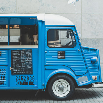 Street Food Markt zum Lunch bei einer Kongressveranstaltung in Mailand   Events in Italien