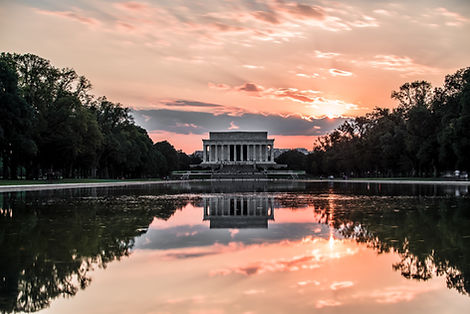 Lincoln Memorial from the east side of the reflecting pool