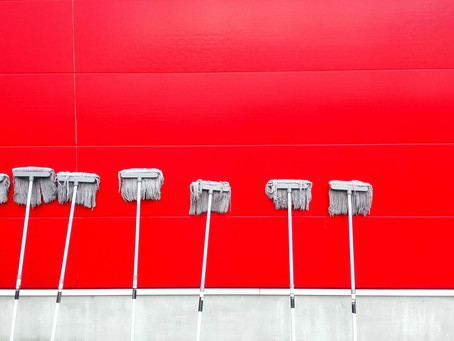 Как правильно мыть полы?