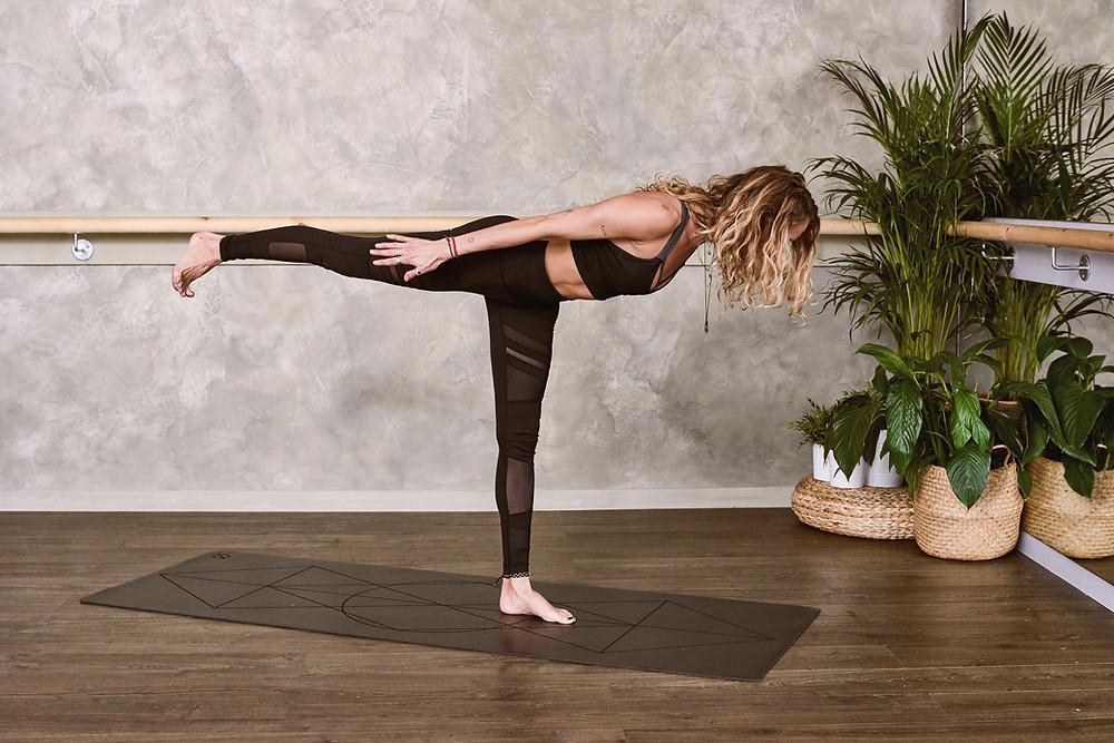 hamstring arabesque low back pain