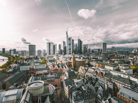 Qué ver en Frankfurt; Rascacielos, Tradición y Castillos