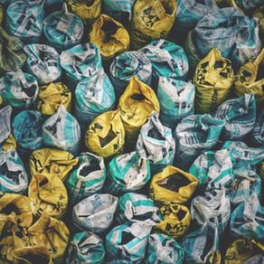 Eurostat: Το 2020 η ΕΕ εξήγαγε 32,7 εκατ. τόνους αποβλήτων προς χώρες εκτός ΕΕ