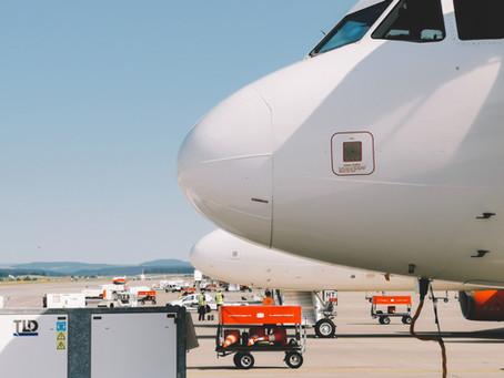 Investigação dos fatores de influência no desempenho das empresas aéreas cargueiras brasileiras