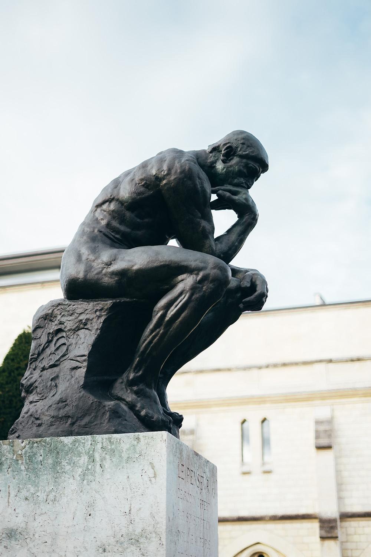 The thinker by Auguste Rodin - Le penseur Auguste rodin