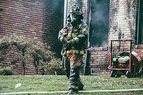 Auch die Feuerwehr profitiert von der Desinfektion und Geruchsbeseitigung von Fahrzeuginenräumen durch den Oxy3-Car.