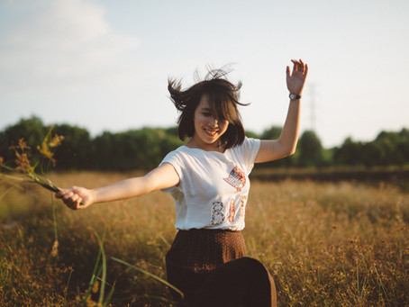 Stop being down - 19 Habits that happy people do every day