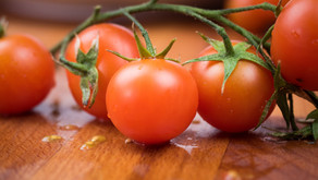 Tomatoes: Nutrition and Health Benefits