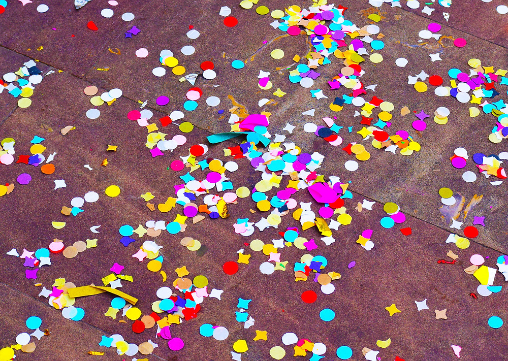 kids party confetti