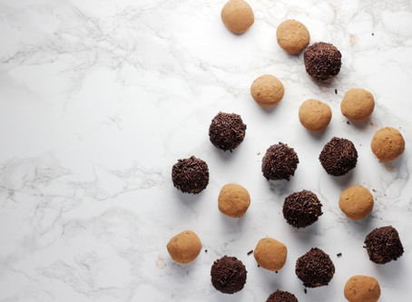 Dairy-Free, Sugar-Free Peppermint Truffle Balls Recipe