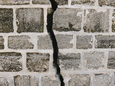 Sell a house with foundation damage in Houston