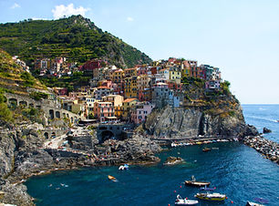 Overlooking the bay and colourful buildings of Riomaggiore, Cinque Terre, Italy. Plan my trip to Italy.
