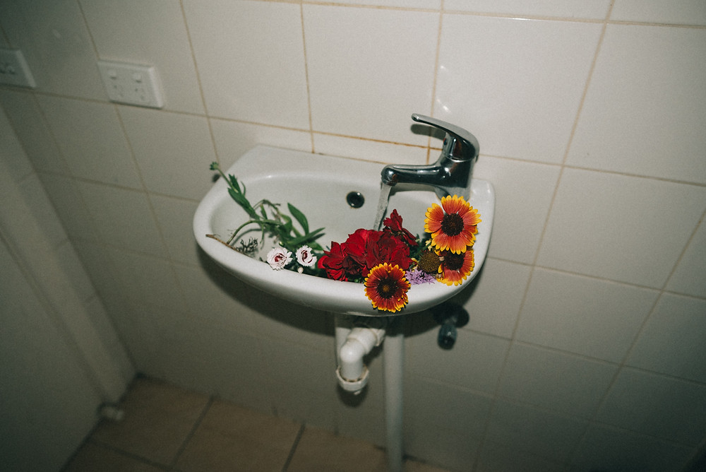 sustainable bathroom and beauty products