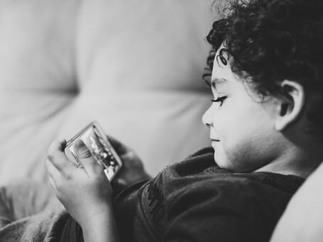 Vanaf welke leeftijd heeft jouw kind een telefoon nodig?