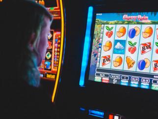 Как распознать проблему азартных игр у близкого человека