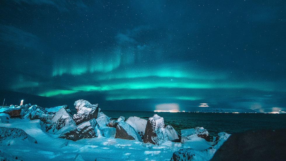 Iceland's Northern Lights 11 Days