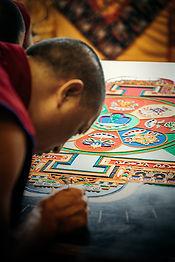 mandala-sand-painting