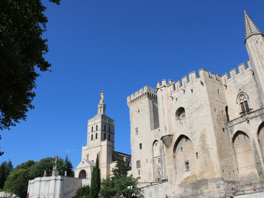 Quick Travel Guide | Avignon