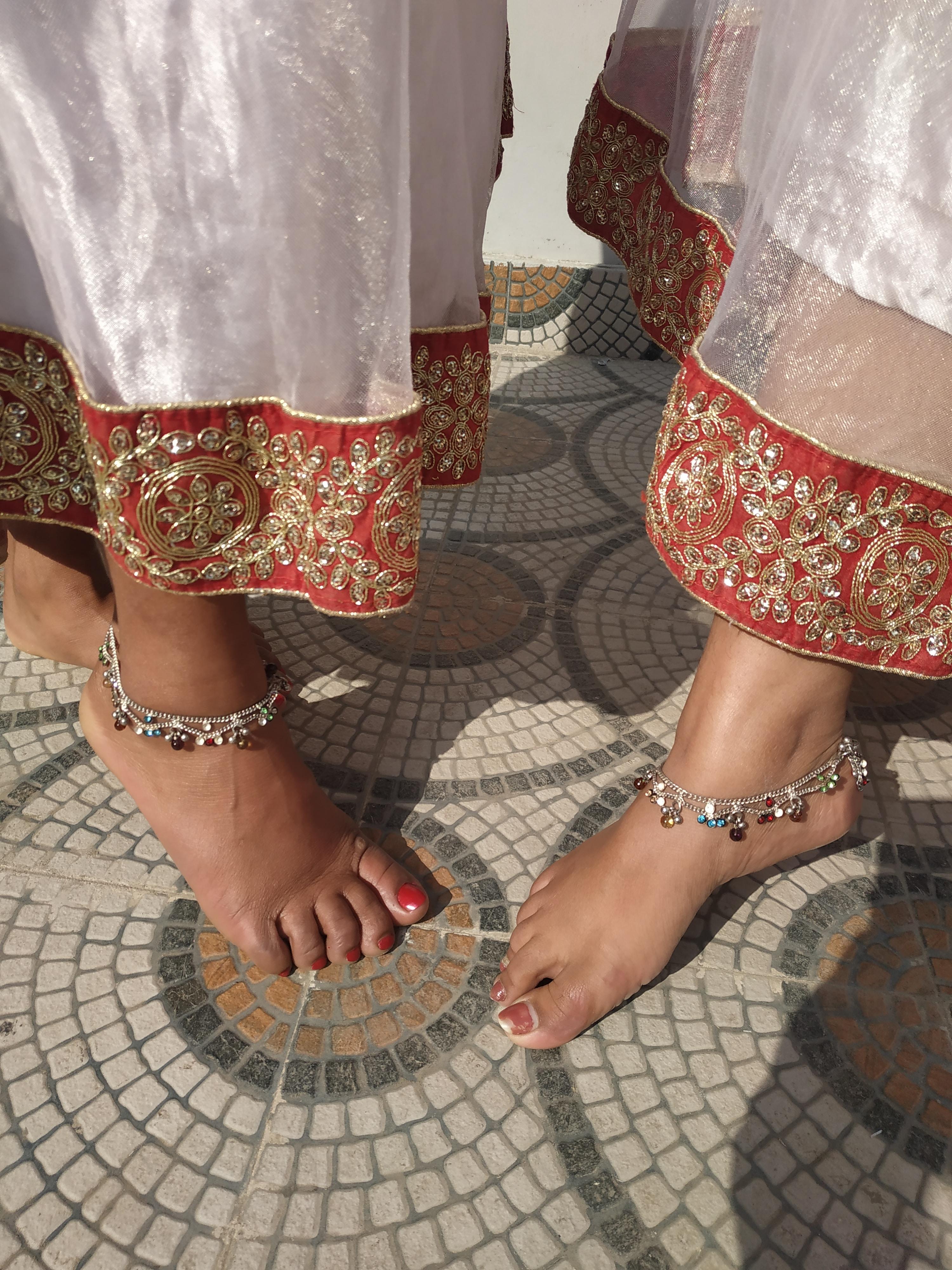 Anklets, Bracelets, Chains, Pendants & More