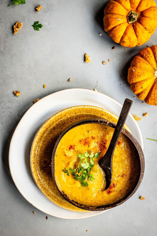 sopa, alimentação saudável, legumes, hortaliças, chuchu, courgette, couve-flor, nutrição