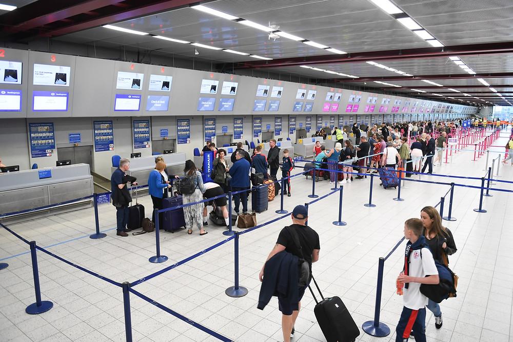 Aeropuerto de Pearson no clasificará a los pasajeros según el estado de vacunación.