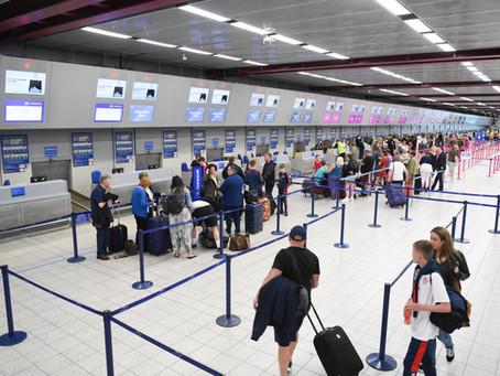 CDC amplía el requisito negativo de la prueba COVID-19 a todos los pasajeros que ingresen a USA