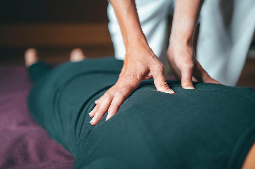 יוגה וטיפול בכאבים