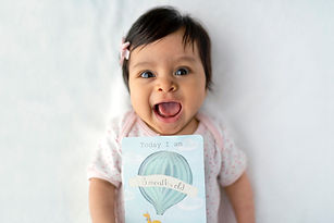 """<p class=""""font_8"""">Manhattan high network family seeks live-in career nanny for 5-month old. Nanny needs to have more than 7 years of experience that shows long-term commitment with more than one family. The ideal candidate should have experience caring for an infant. Someone who is kind, loving, and patient.</p>"""