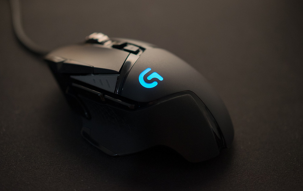 A wired, gaming, mouse.